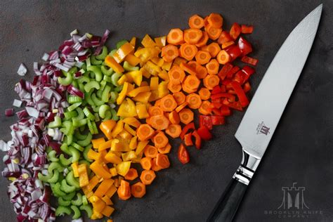 knife under