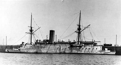 Porque Flota Un Barco Wikipedia by Archivo Crucero Patagonia 1887 2 Jpg Wikipedia La