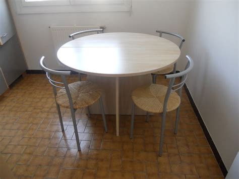 table de cuisine gain de place table ronde cuisine gain de place palzon com