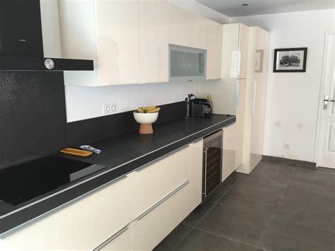 et cuisine home emejing cuisine beige et noir gallery design trends 2017
