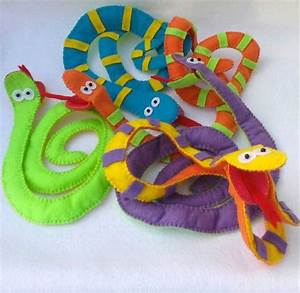 1000 images about hand and finger puppets on pinterest With snake puppet template