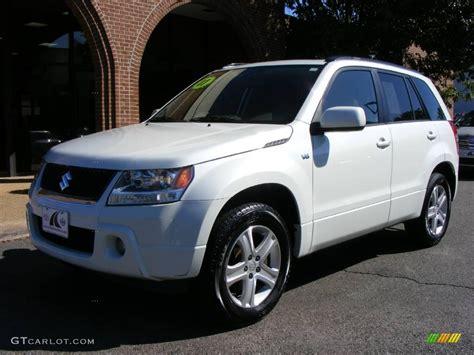 2007 Suzuki Grand Vitara by 2007 White Pearl Suzuki Grand Vitara Luxury 4x4 20015568