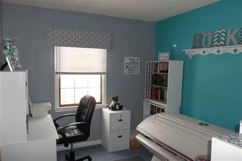 Teal And Grey Living Room Walls by Teal White Furniture And Gray On
