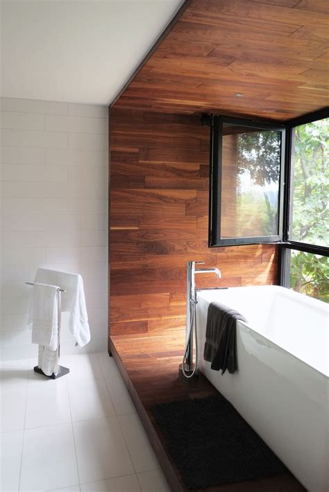 Badezimmer In Holzoptik by Best 25 Wooden Bathroom Ideas On Scandinavian
