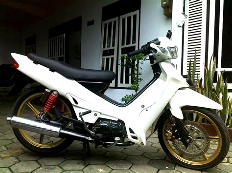 Gambar Motor R by Koleksi Modifikasi Motor Yamaha R Terbaru