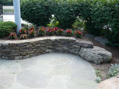 sitting wall retaining sitting walls divine landscaping inc walls miscellaneous pinterest
