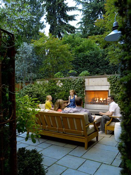 Landscape Design For Small Backyard by Small Garden Pictures Gallery Garden Design