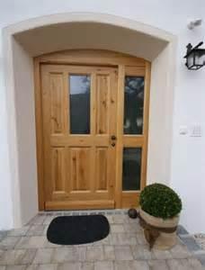 schlafzimmer echtholz individuelle haustüren oder zimmertüren aus echtholz schreinerei thaler staudinger