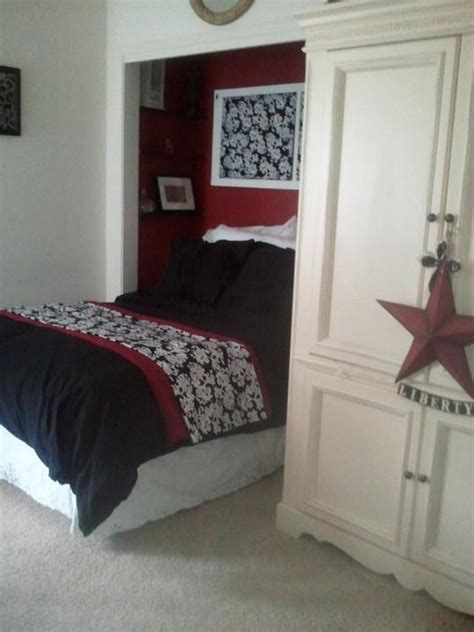 21 best images about bedroom on bed in closet