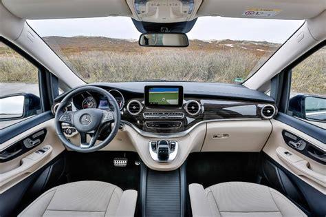 siege auto safety mercedes v class v250 bluetec pictures auto express