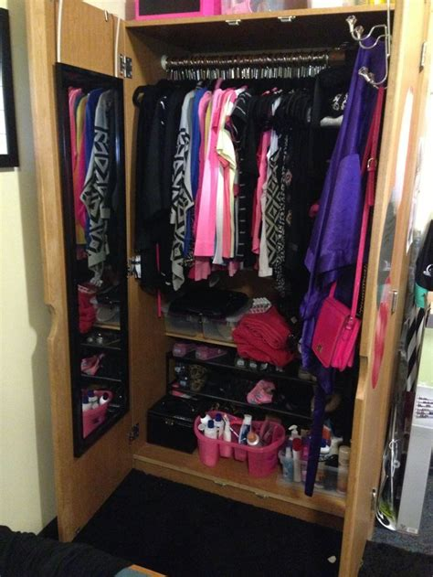 College Closet Organization Ideas by Pin By Breanna Hewitt On Bedroom Stuff Room