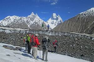 K2 Base Camp Trek - Trekking Karakoram Pakistan | Mountain ...