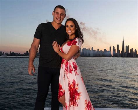 Chicago Cubs Player Anthony Rizzo Is Engaged
