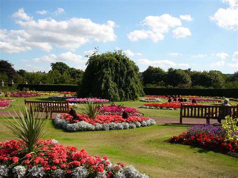 Saughton Park And Gardens Edinburgh Outdoors
