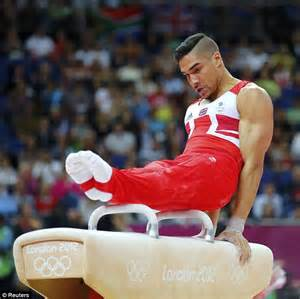 Louis Smith flaunts his bulging abdominal muscles just ...