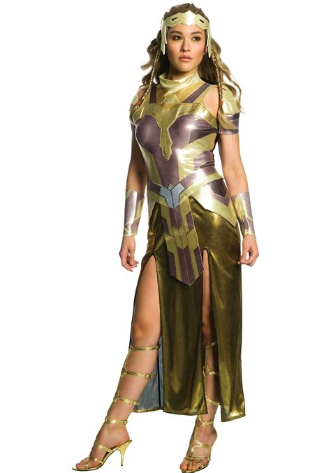 Outdoor Halloween Decorations Amazon by Deluxe Queen Hippolyta Costume For Women