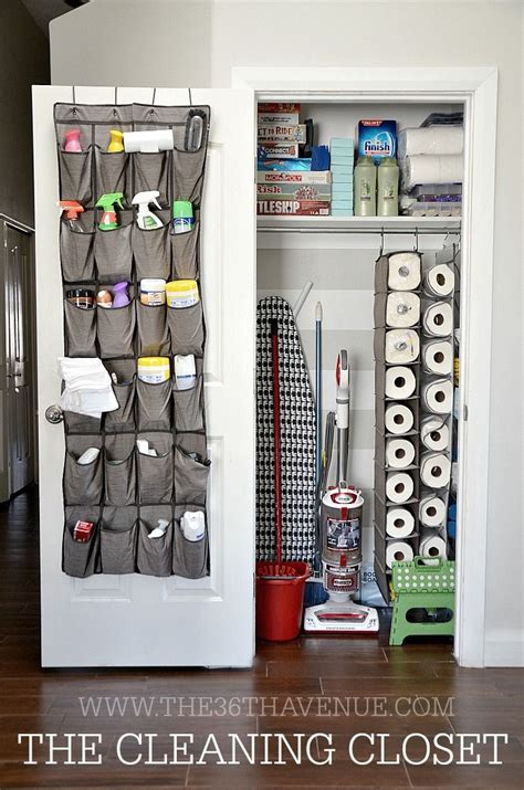Cleaning Closet Ideas by 25 Best Ideas About Cleaning Closet On