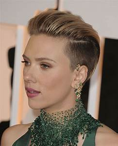Scarlett Johansson s Hairstyles 2018 & Bob+Pixie Haircuts for Short Hair Page 7 HAIRSTYLES