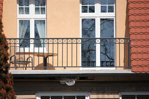 balkongelaender schmiedeeisen balkongelaender direkt