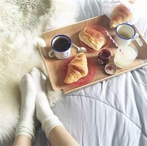 Petit Dejeuner Au Lit : par ici les croissants deedee ~ Melissatoandfro.com Idées de Décoration