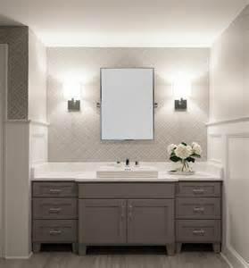 badgestaltung mit tapete funktion wohnideen kleines bad kleines badezimmer einrichten walldeco tapete im bad