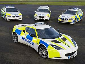 The best Police Cars in the World - 4 countries with fast ...