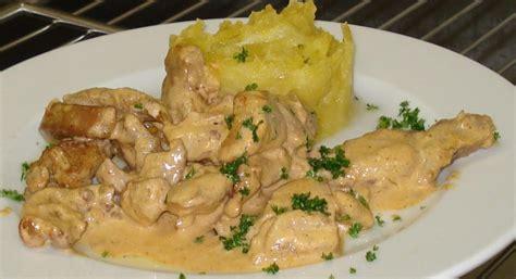 marmiton fr recettes cuisine emincé de volaille au paprika et écrasé de pdt au beurre à découvrir