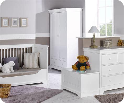 chambre complete chambre bébé complète mel blanche avec armoire