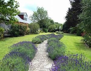 Allee De Jardin Facile : all e gravillonn e bord e de tulipes all es de jardin ~ Melissatoandfro.com Idées de Décoration