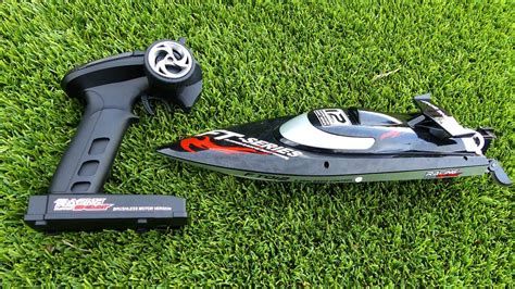 Fast Rc Boat Videos by Fast Rc Racing Boat Review Youtube