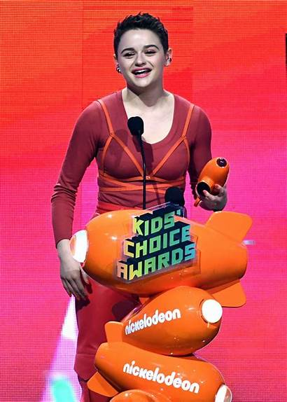 Joey King Choice Awards Nickelodeon Courtney Joel