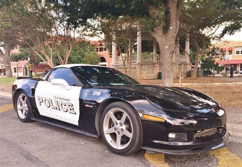 politiet  texas har udvidet vognparken med en corvette