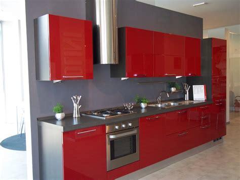 cucina scavolini rossa scavolini sax laccata rossa cucine a prezzi scontati