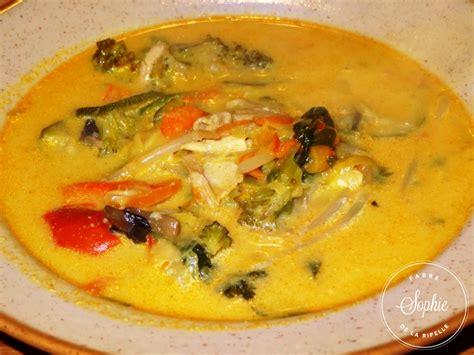 cuisiner au lait de coco soupe de poulet au lait de coco thaï la tendresse en