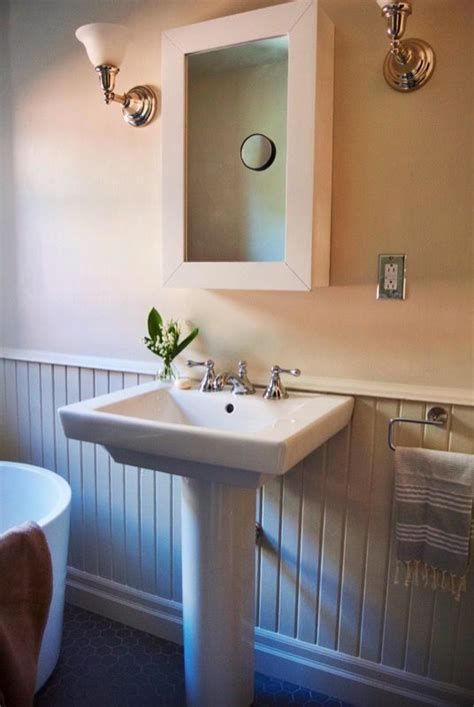 pedestal sinks images  pinterest basement bathroom bathroom sinks