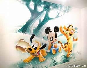 Chambre Bébé Disney : fresque murale graffiti chambre enfant bebes disney pluto mickey tigrou chambre enfant baby ~ Farleysfitness.com Idées de Décoration