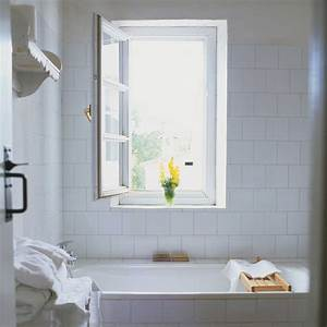 6 things people with spotless bathrooms do every day for Good housekeeping bathrooms