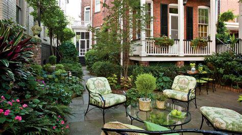Garden South Style by Landscape Designs Bones Make Great Gardens