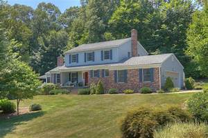Ct Real Estate Our First Home At Ledyard Ct Real Estate Market Apartament I
