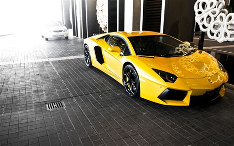 yellow lamborghini yellow lamborghini aventador wallpaper 1920x1200 18131