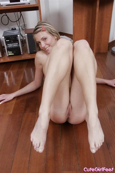 Sexy Blonde Coed Gets Totally Naked And Displays Her Sexy