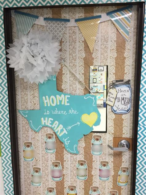 shabby chic classroom ideas 4013 best images about decorating classroom door on pinterest dr seuss snowman door and red