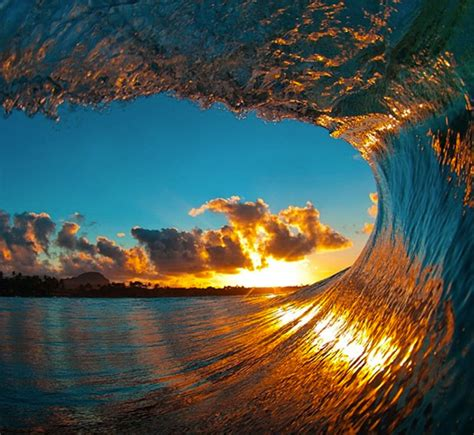 The Most Incredible Wave Photos You Ever See