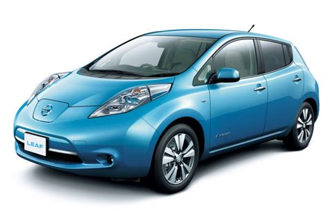 leaf electric car range nissan leaf steps up with larger battery and longer
