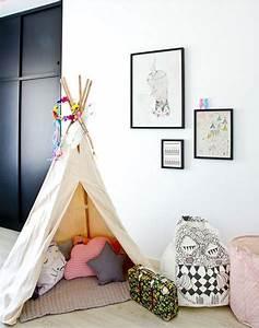 Tipi Enfant Fille : un nouveau regard d co enfant une tente tipi dans la chambre ~ Melissatoandfro.com Idées de Décoration