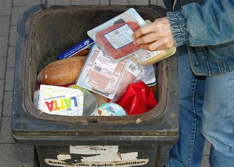 wegwerfgesellschaft essen aus dem abfall die muell