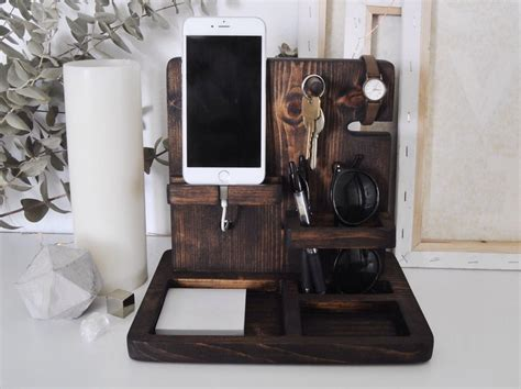 easy  clever diy charging station ideas key wallet