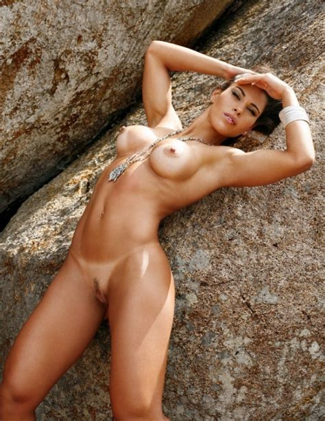 Gabriela Paganini Andressa Ferreira Nude Dwb041