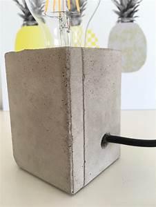 Lampen Selber Herstellen : lampe mit sockel aus beton selber machen hello mime ~ Markanthonyermac.com Haus und Dekorationen