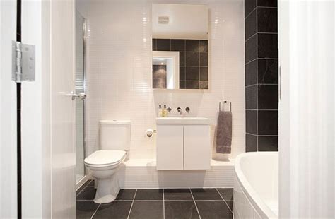 Apartment Bathroom Ideas by Contemporary House For A Working A United Fan